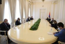 Photo of Արմեն Սարգսյանը հյուրընկալել է Արցախի ԱԺ պատվիրակությանը