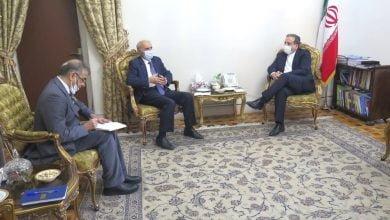 Photo of Դեսպան Թումանյանը հանդիպել է Իրանի փոխարտգործնախարար Սեյեդ Աբաս Արաղչիի հետ